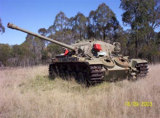 http://members.tripod.com/battle-tank/169075_3.jpg